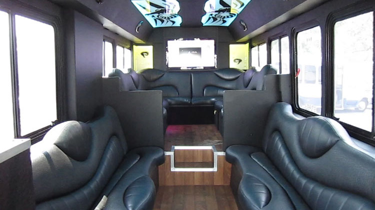 Custom design mini gillig limousine bus limo bus Tour bus interior design